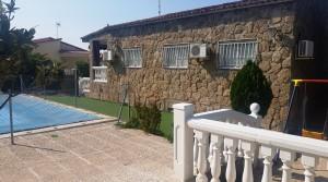 Chalet independiente en El Álamo 500m2 de parcela, piscina