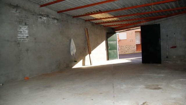 Alquiler cochera, almacén, garaje, local en El Álamo