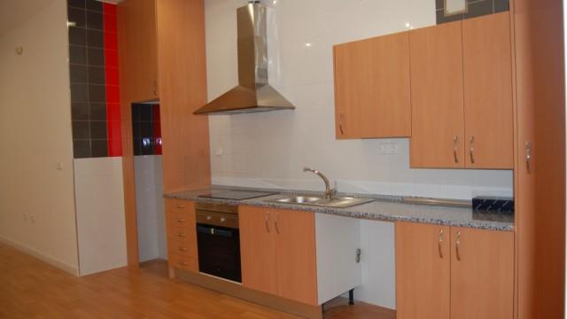 Venta local adaptado a vivienda con 75m² en El Álamo