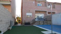 Chalet pareado 220m² en venta en El Álamo