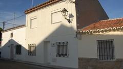 Casa de pueblo en alquiler patio en El Álamo