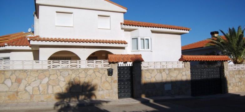 Alquiler Chalet en El Álamo 4 dormitorios piscina