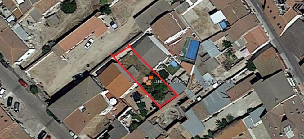 Venta de terreno urbano 233m² en centro de El Álamo